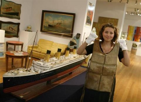 20120106 Reuters Titanic 06