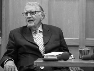 Maurice HAYES. John Hume: Irish Peacemaker book launch, Canada Room, Queen's University Belfast, Northern Ireland.