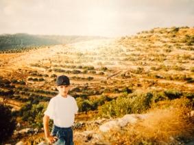 Boy Battir