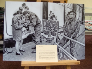 UDR Search Shoppers (1972) by Victor PATTERSON.